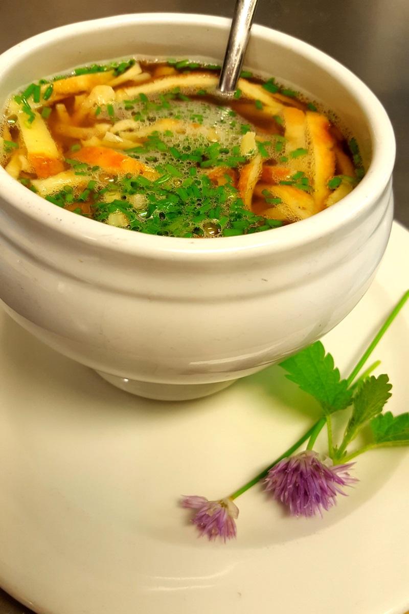 Küche - Flädlesuppe