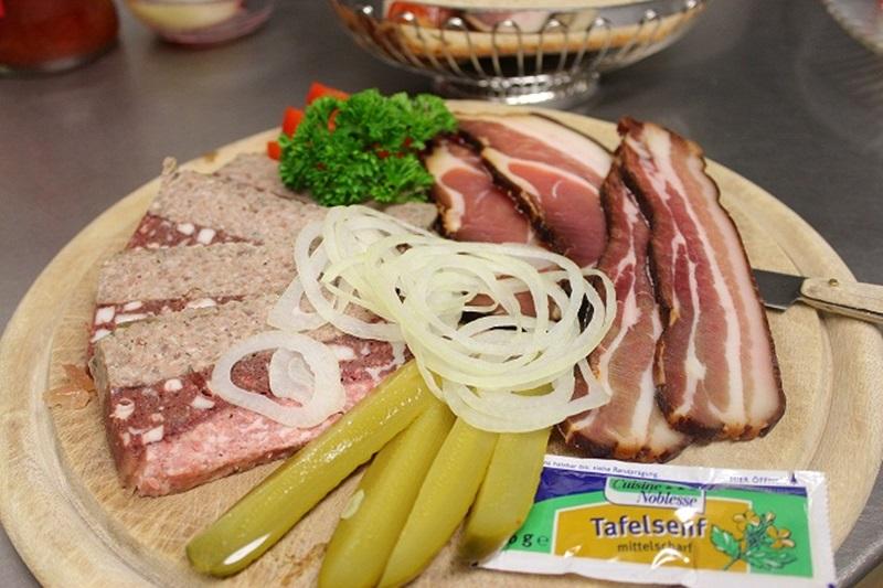 Küche - Vesperplatte Jägerstüble