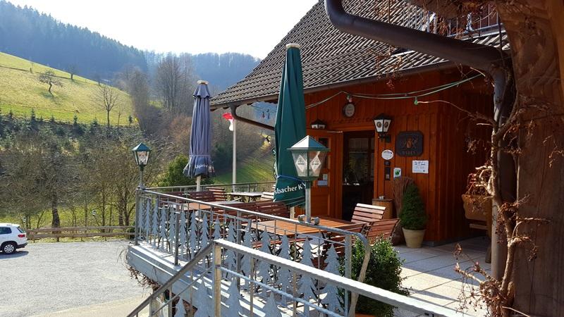 Frühling Terrasse Gasthaus Jägerstüble Oberharmersbach